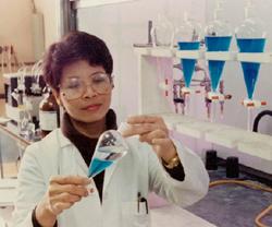 chemist-stlouisheadshots1